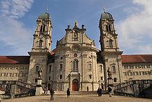 220px-Kloster_Einsiedeln_Frontansicht